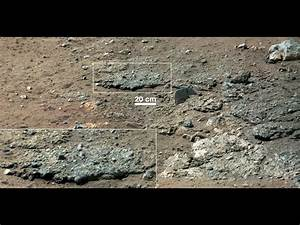 NASA Rover Finds Old Streambed on Martian Surface ...