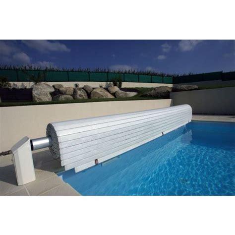 prix piscine coque avec volet roulant le volet roulant de piscine protection et esth 233 tisme