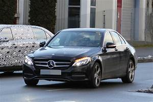 Mercedes Classe C Restylée 2018 : 2018 mercedes c class facelift interior spyshots s class digital dashboard could bow in c ~ Maxctalentgroup.com Avis de Voitures