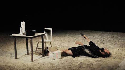 Les Armoires Normandes, Un Grand Moment De Théâtre L'express