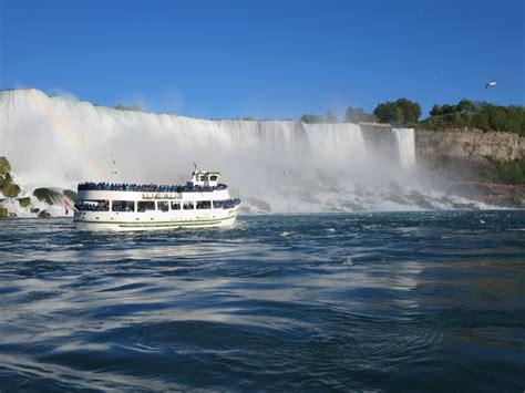 Boat Ride Niagara Falls Ny by 3 Day Niagara Falls Boston Deluxe Tour From New York New