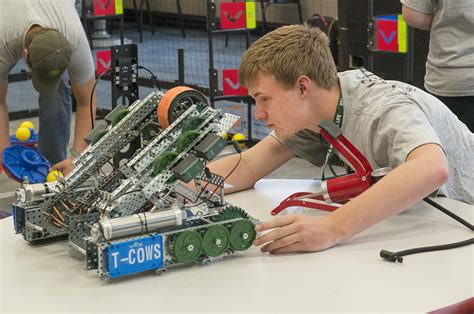 2018 VEX Robotics Camp at NTC Wraps with Turning Points ...