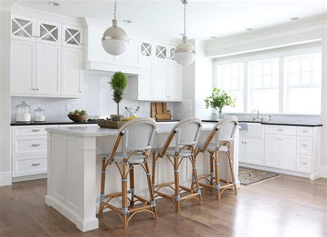 benjamin moore simply white cabinets white kitchen cabinets interiors by color 23 interior 321 | Benjamin Moores Simply White Kitchen