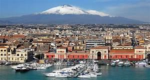 Location Voiture Catane Sicile : tourisme catane d couvrir la ville ~ Medecine-chirurgie-esthetiques.com Avis de Voitures