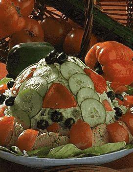 cuisine camarguaise salade camarguaise pour 4 personnes recettes à table