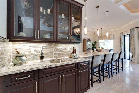 Kitchen Cabinets Cape Coral - cape coral new home with bar area home decor ideas en 2019