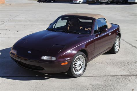 mazda miata  edition  reserve auction miata