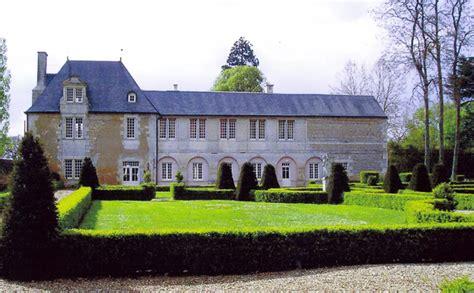 chambre d hotes en bourgogne logis du château du bois doucet 2 chambres d 39 hôtes à