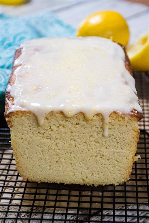 This was adapted from a recipe in desserts for diabetics, by mabel cavaiani. Keto Lemon Pound Cake | Recipe in 2020 | Coconut cupcake ...