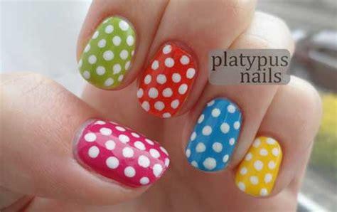 55+ Most Stylish Polka Dots Nail Art Design Ideas