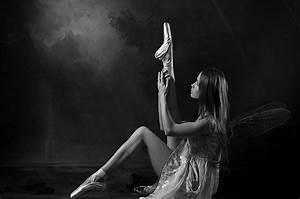 Download black white wallpapers about ballet for desktop