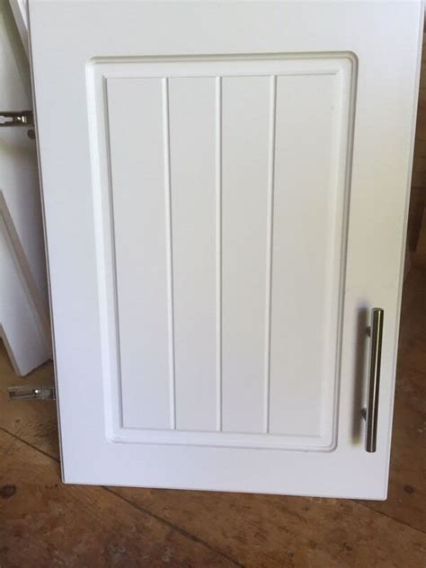 B Q Kitchen Cupboard Handles by Kitchen Cupboard Doors White B Q Style In
