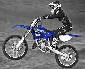 Fiche Technique 125 Yz : yamaha yz 125 2015 fiche moto motoplanete ~ Gottalentnigeria.com Avis de Voitures