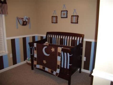 Free this post has woodland nursery decor ideas for the walls, bedding and accessories. Striped Nursery Decorating Ideas For The Walls Of A Baby Boy's Nursery Room / design bookmark #15988