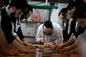 Orthodox v Reform on emaze