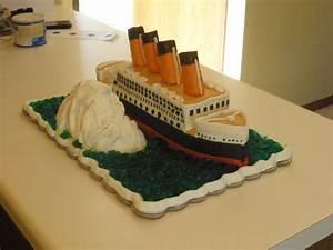 Titanic Cake - All