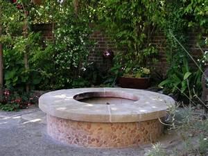 Feuerstelle Aus Stein : feuerstelle im garten eine richtig tolle sache ~ Michelbontemps.com Haus und Dekorationen