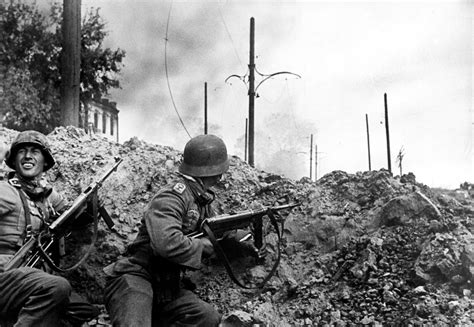 the siege of stalingrad of wehrmacht german soldiers in the battle of stalingrad