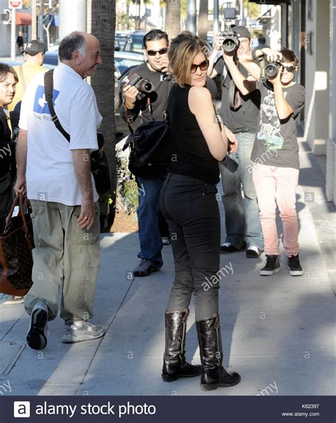 rene russo boots thomas crown rene russo actress rene russo who starred in the thomas