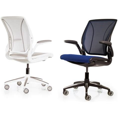 Diffrient World Chair Vs Aeron by Humanscale Diffrient World Ergonomic Task Executive Mesh Chair