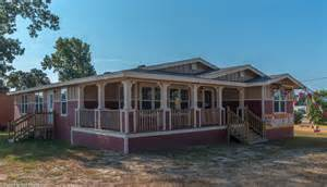 wrap around porch floor plans the la vr42683a manufactured home floor plan or