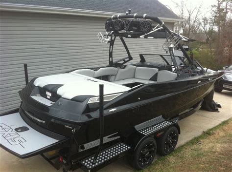 New Axis Boats by Pics Of New Axis Boats Boats Accessories Tow Vehicles