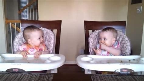 Ces Bébés Sont Plus Heureux Que Jamais à L'heure Du