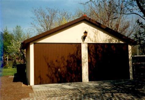 Garage Zu Groß Gebaut by Fertiggaragen Beton Stahl Holz Omicroner Garagen
