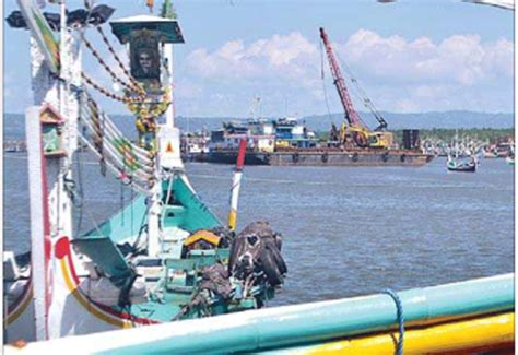 dermaga pelabuhan muncar segera dikeruk