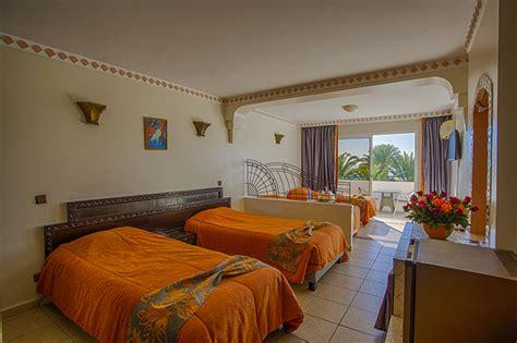 hotel almoggar