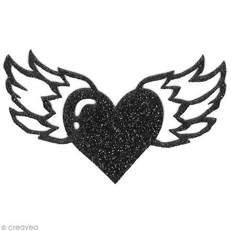 puzzle cuisine motif thermocollant rock tatouage coeur ailé 7 x 4 cm