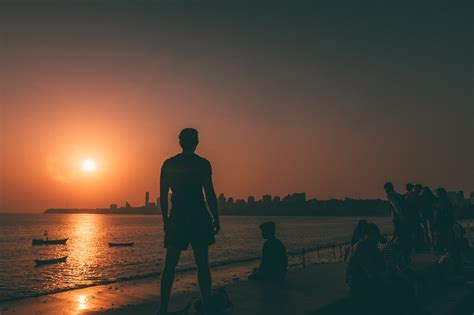 The 15 Best Places To Visit In Mumbai In One Day (under 8 Hours