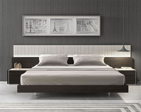 lacquered fashionable wood platform  headboard bed