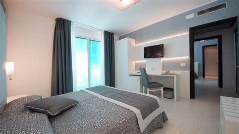 les huissiers peuvent ils entrer dans les chambres family room comfort hotel europa jesolo