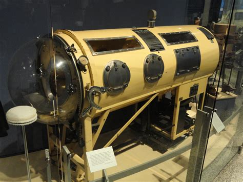 File:Iron Lung - Indiana State Museum - DSC00412.JPG ...