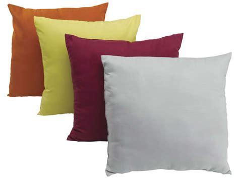 canape petit prix coussin coloris assortis micro vente de coussin et