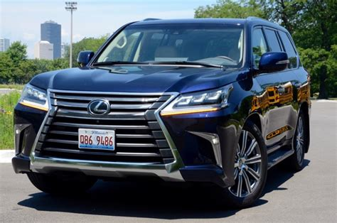 lexus lx  wd living large review  larry nutson