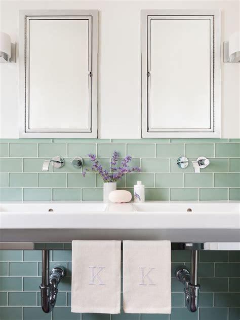 Green Bathroom Backsplash by Best 25 Bathroom Tile Walls Ideas On Tiled