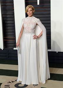 Elizabeth Banks In Two Transparent Lacy Outfits - Go Fug ...