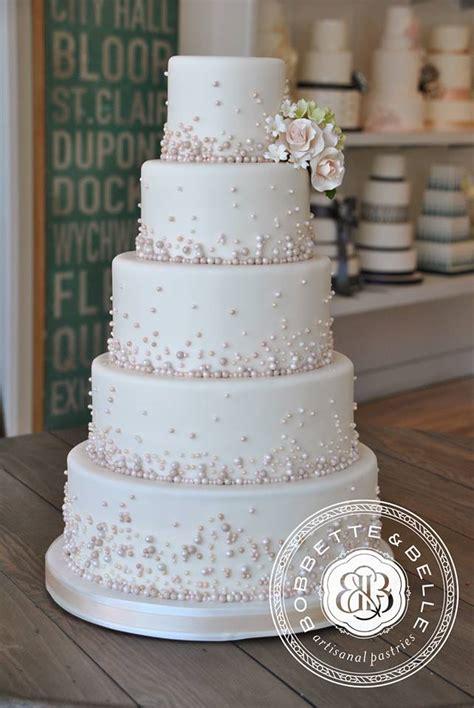 wedding cake photos 1000 images about wedding cakes on wedding cakes white wedding cakes and tier