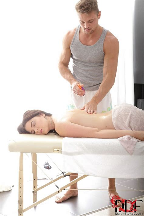 ddfbusty marina visconti massage and more gallery mybigtitsbabes