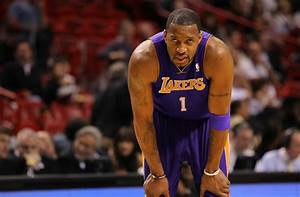 DailyLeak.Org – Sinking Lakers Sign Tracy McGrady