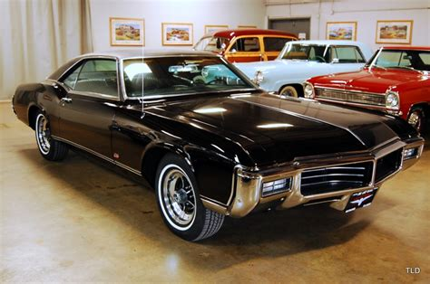 69 Buick Riviera by 1969 Buick Riviera Gs