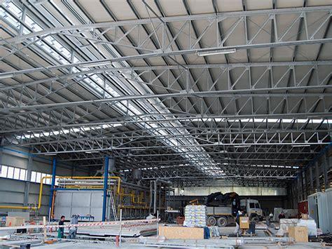 Come Costruire Un Capannone by Capannoni Industriali In Ferro Terminali Antivento Per