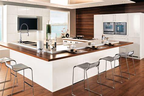 modle cuisine avec ilot central cuisine ouverte couleur