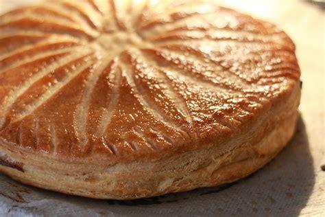 herve cuisine galette des rois recette galette des rois frangipane et pâte feuilletée