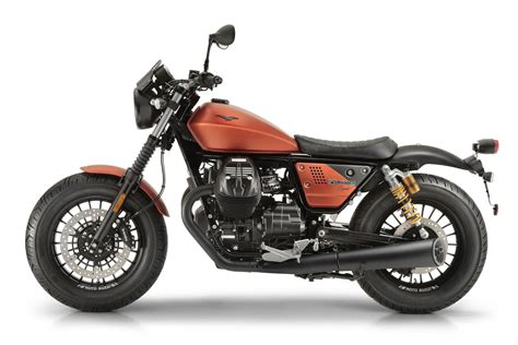 Modification Moto Guzzi V9 Bobber by V9 Bobber Sport Moto Guzzi