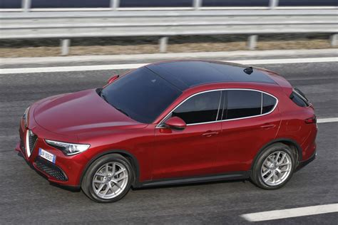 Alfa Romeo Pictures by Alfa Romeo Stelvio 2017 Pictures 7 Of 23 Cars Data