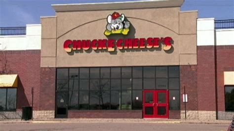 Chuck E. Cheese offers 'Pay your child's age' a day after ...