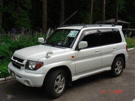 mitsubishi pajero io 2001 mitsubishi pajero io photos 1 8 gasoline automatic